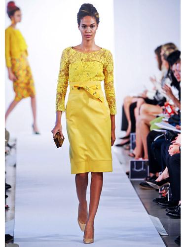 rby-oscar-de-la-renta-yellow-dress-de